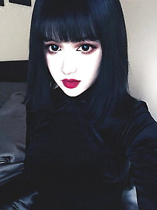 Kina Shen: Hot Emo Asian