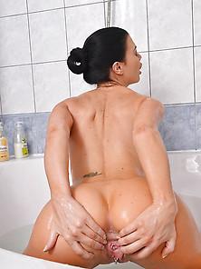 British Pornstar Jasmine Jae.
