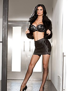 Jasmine Jae Manuel Is A Milfomaniac