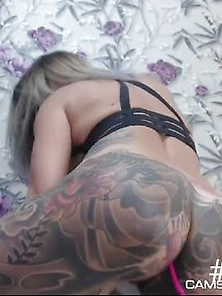 Hottest Tattooed Plays With Her Pussy