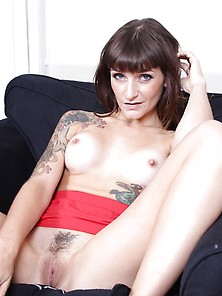 Adreena Winters Upskirt Toying