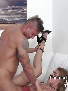 Female Agent Sucks Muscled Guys Cock After Casting
