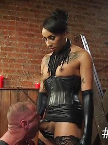 Huge Cock Shemale Anal Fucks Slave In The Club