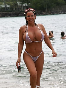 Bikini milf pics