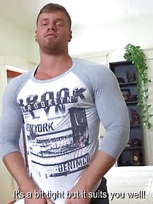 Muscled Dude Masturbates For A Camera